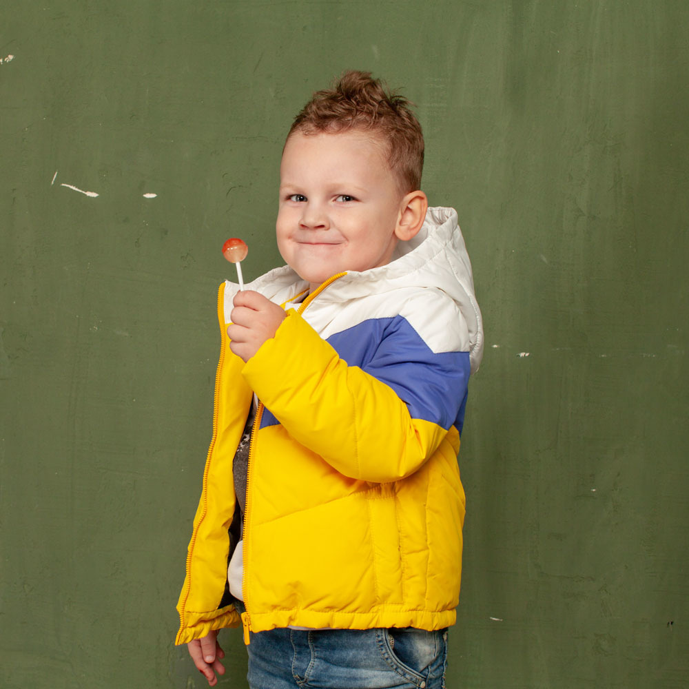 Детская демисезонная желтая куртка из водоотталкивающей плащевки