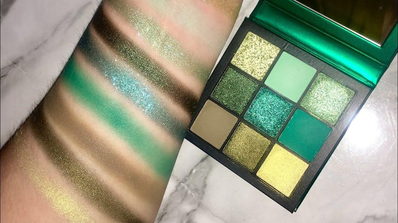 Huda Beauty Emerald Obsessions Palette