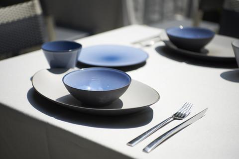 Фарфоровая глубокая тарелка Cirrus Blue 19 см, синяя, артикул 649579, серия Equinoxe