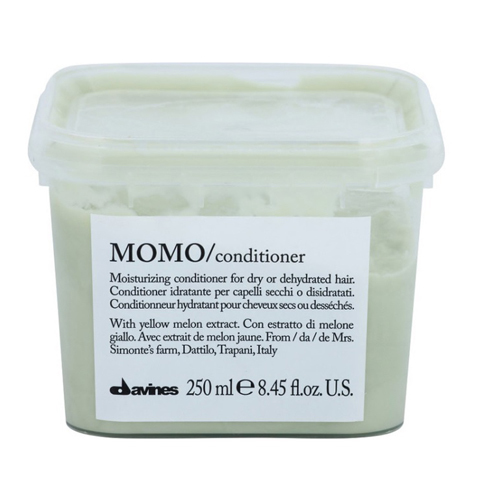 Davines Essential Haircare MOMO: Увлажняющий кондиционер, облегчающий расчесывание волос (Momo Conditioner)