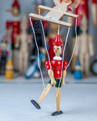 Подвесная марионетка Пиноккио, 24 см, Италия