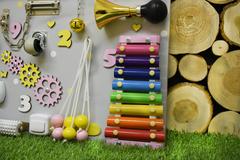 Бизиборд стандарт 50х65 см с ксилофоном Розово-Желтый для девочки