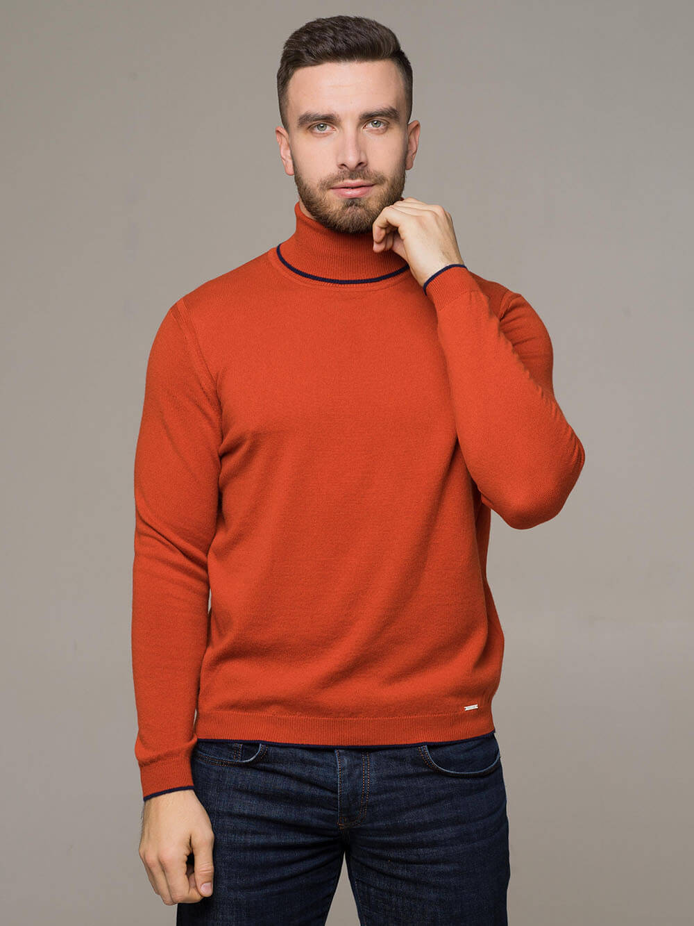 Мужской джемпер оранжевого цвета из 100% кашемира - фото 1