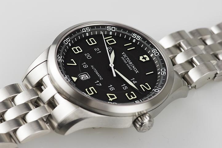Часы Victorinox (241508)