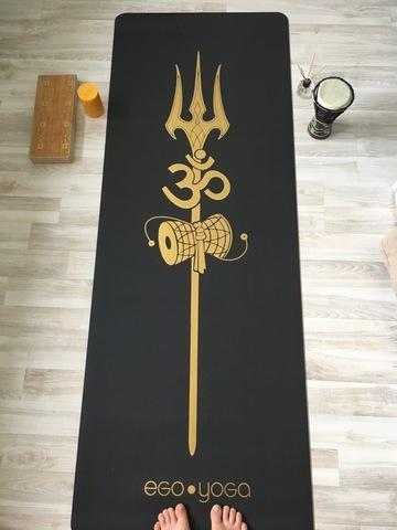 Каучуковый коврик для йоги Shiva Trident Gold 185*68*0,4 см