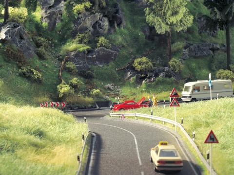 Пригородное шоссе - 100 х 4 см, (ТТ)