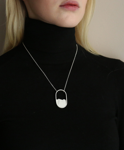 Колье OVAL MINI SILVER WHITE