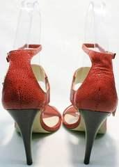 Коралловые босоножки на каблуке с закрытой пяткой Via Uno1103-6605 Red.