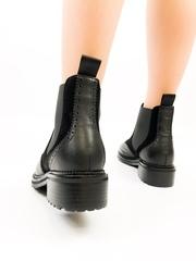 E221 Ботинки