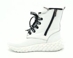 Ботинки зима белого цвета из кожи