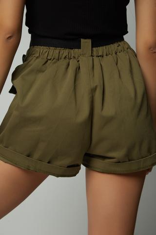 шорты хаки с карманами интернет-магазин