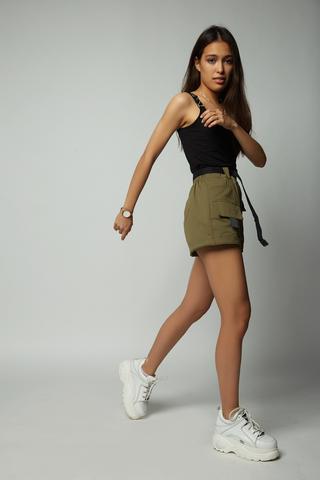 шорты хаки с карманами магазин
