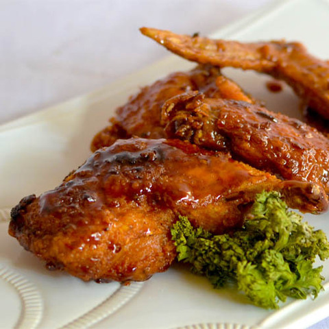 https://static-sl.insales.ru/images/products/1/4842/48042730/chicken_wings.jpg