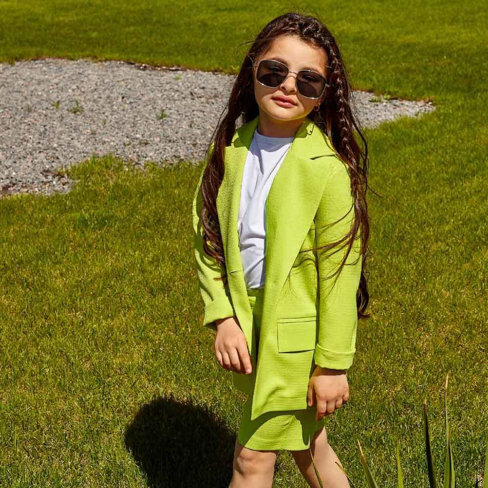 Дитячий костюм піджак і шорти в салатовий колір на дівчинку