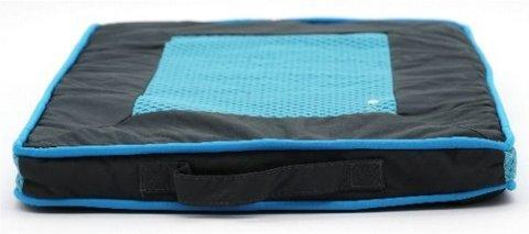 Yugi лежанка подушка голубая с дышащей сеткой
