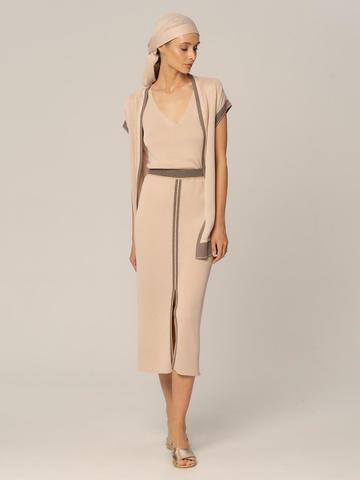 Женская юбка бежевого цвета из вискозы с разрезом и контрастной полосой - фото 2