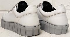 Белые кроссовки на высокой подошве женские Guero G146 508 04 White Gray.