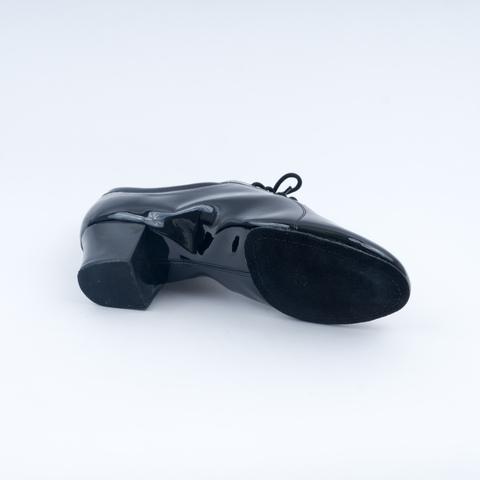 Мужские лакированные туфли для латины