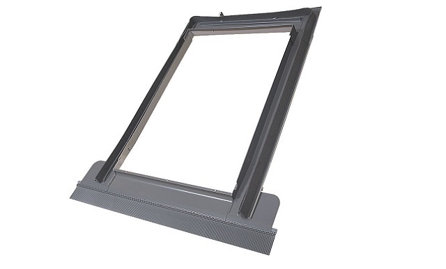 Оклад EZW-P 06 к распашному окну (78х118)