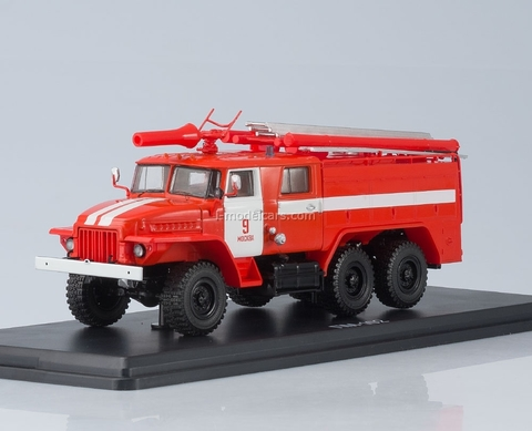 Ural-375N AC-40 C1A Fire Department №9 Moscow 1:43 Start Scale Models (SSM)