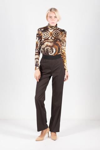 Фото темно-коричневые свободные в вертикальную полоску брюки на широкой резинке - Брюки А441-377 (1)