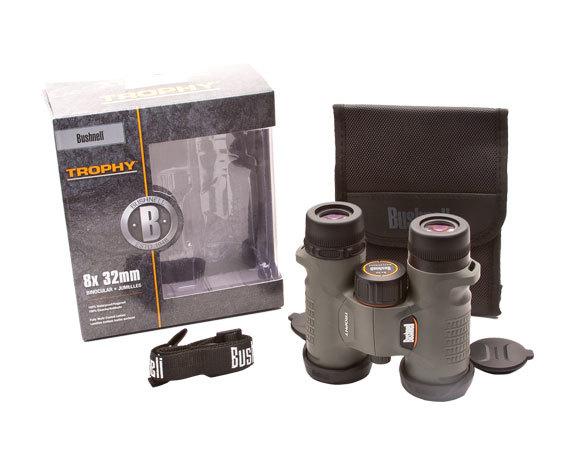 Комплект поставки: бинокль Bushnell 8x32, ремень, крышки окуляров и объективов.