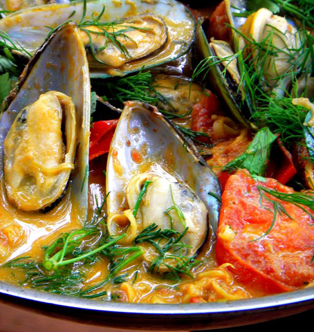 https://static-sl.insales.ru/images/products/1/4878/59839246/mussels_curry.jpg