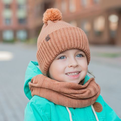 Double cuffed hat with pompon - Almond