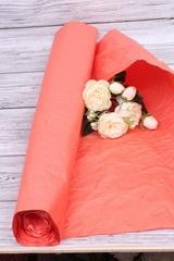 Бумага Эколюкс, однотонный, Красный, 70см* 5 м, 1 рулон.