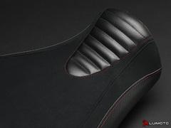 Carbon Чехол на сиденье