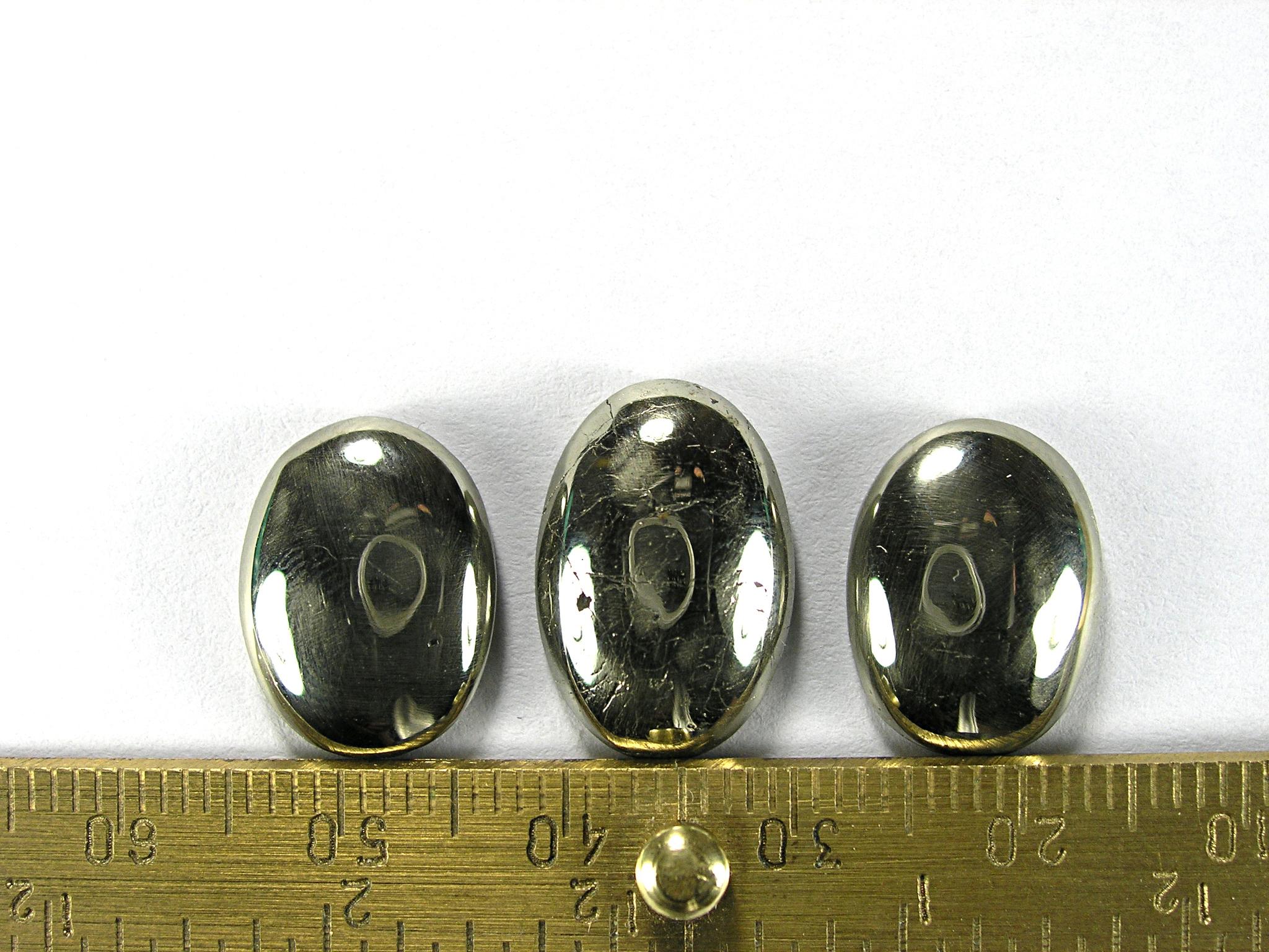 Комплект кабошонов пирита 15x12x4 мм - 2 шт., 17x12x4 мм - 1 шт.