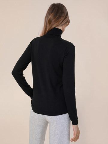 Женский свитер черного цвета из шерсти и шелка - фото 4