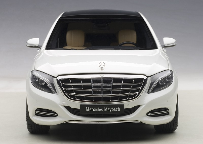 Коллекционная модель Mercedes-Benz X222 S600 Maybach S-Class SWB 2016