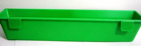 Поилка/кормушка подвесная пластик 30см