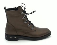 Бронзовые ботинки на шнуровке с металлическими элементами