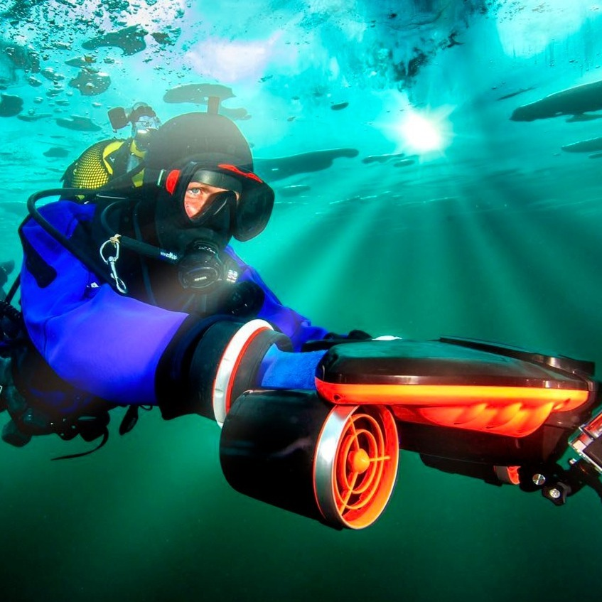 Seabow underwater scooter