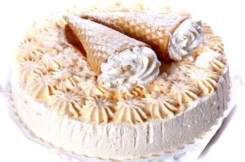 Торт Пломбир без глютена с рожками из вафли