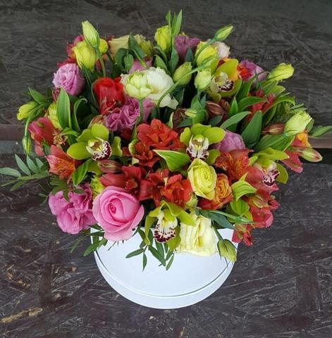 Коробка Maison Des Fleurs микс цветы 6