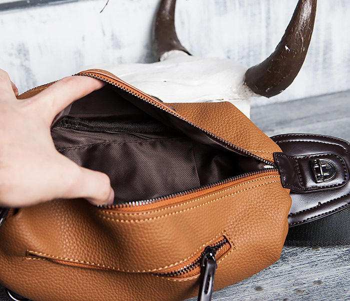 BAG422-2 Мужская сумка из кожи за спину с одной лямкой фото 11