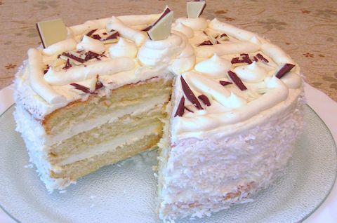 Торт безглютеновый Пломбир с украшениями
