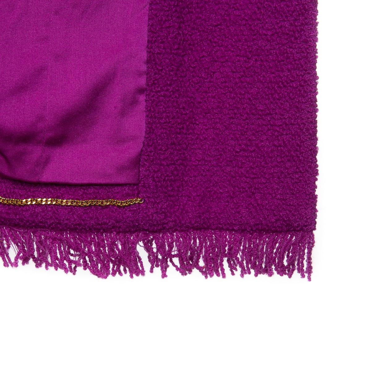 Эффектный удлиненный жакет из твида цвета фуксия от Chanel, 36 размер.