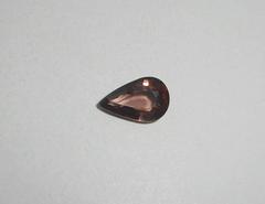 Циркон красный натуральный 10.2 x 6.4 мм овал