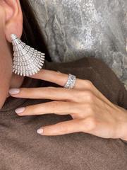 83109- Роскошные, крупные серьги Веер из серебра с микроцирконами