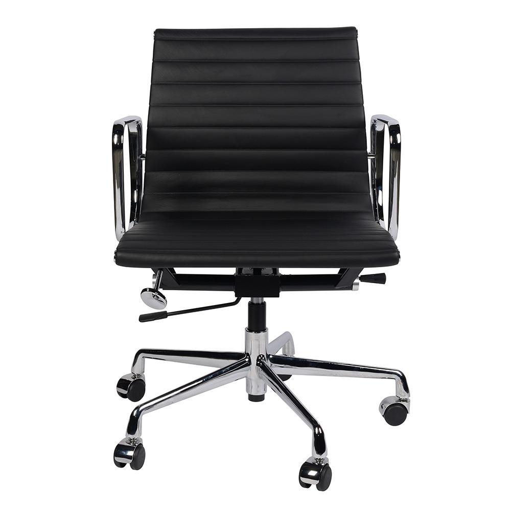 Кресло Eames Style Ribbed Office Chair EA 117 черная кожа - вид 3