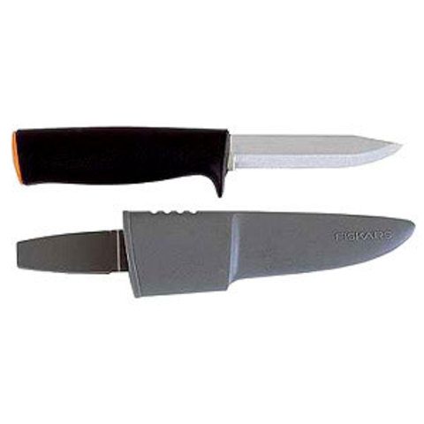 Нож в ножнах Fiskars