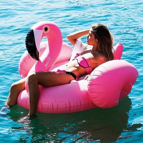 Надувной матрас фламинго 150 см розовый