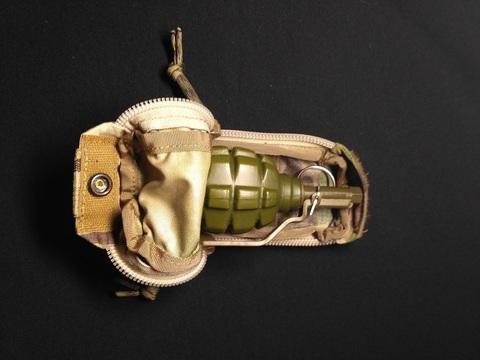 Обратный быстрый закрытый подсумок для ручной осколочной гранаты  Zip