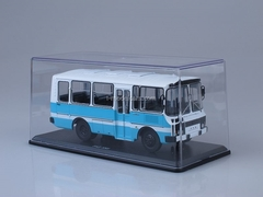 PAZ-3205 Suburban Bus 1:43 Start Scale Models (SSM)
