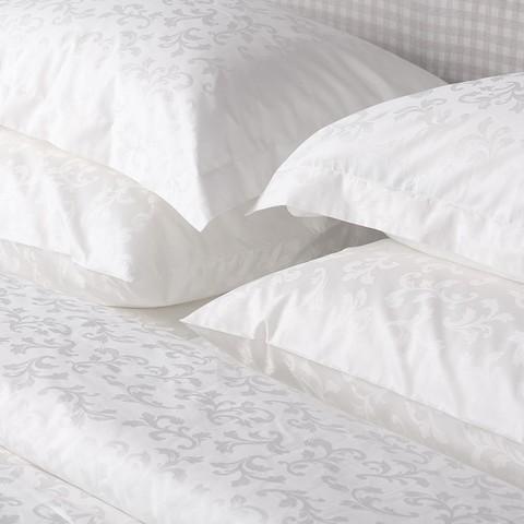 Комплект постельного белья Белизна (семейный)
