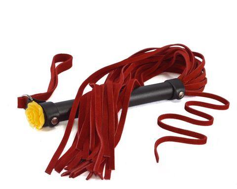 Красная многохвостая плеть с розой на рукояти - 57 см.